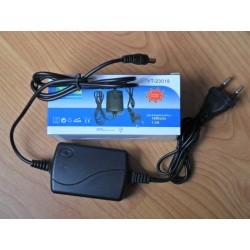 Fuente Alimentación, Transformador, Alimentador 18w 12v 1.8A Plástico Uso Interior IP20