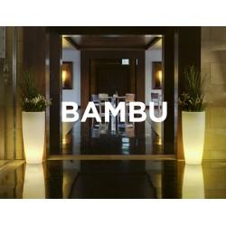 Macetero LED Luminoso BAMBU 70 RGB  con batería y carga solar para uso exterior e interior. Resistencia a UV. Incluye mando.
